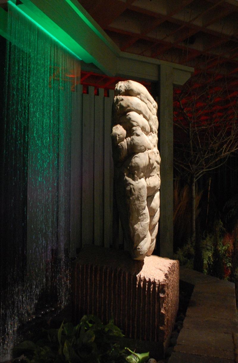 Matrix statue