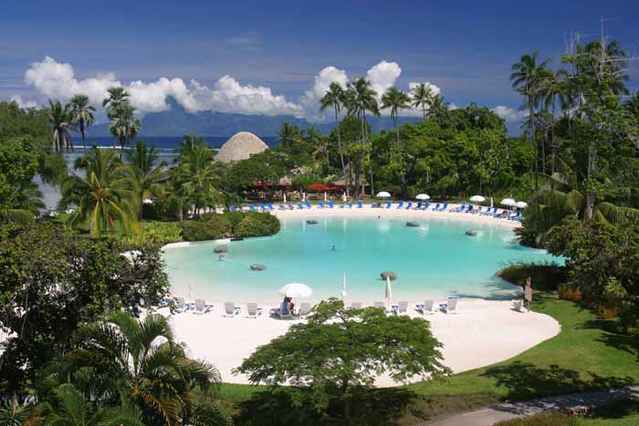 Tahiti pool & beach