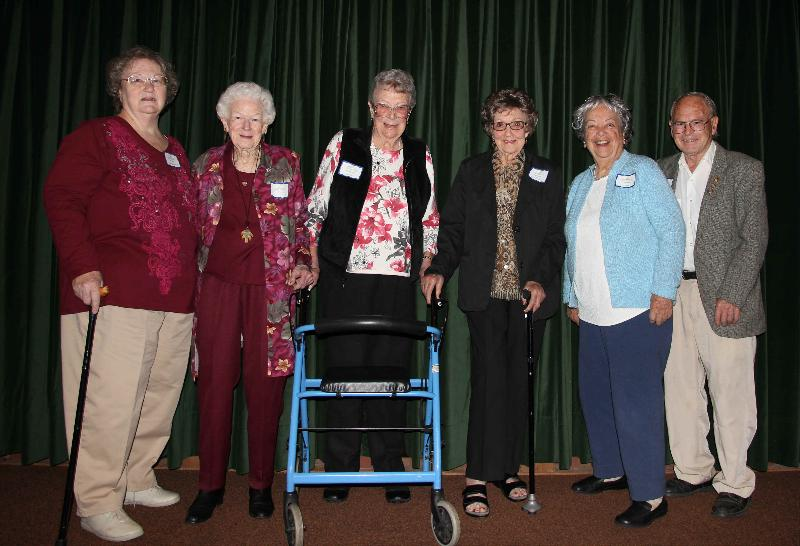 L to R: Pat, Jean, Doris, Elsbeth, Olga, Ray
