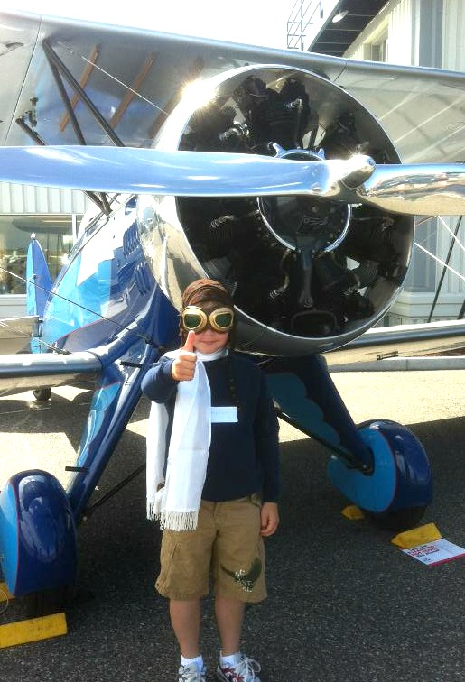 Kid pilot costume and UBF