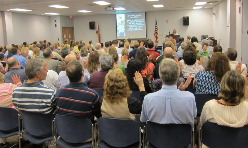 Citizens participate in the Walk Wise presentaion