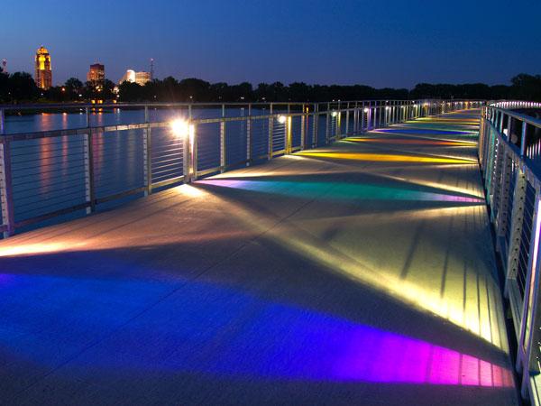 APA Gray's Lake lit pedestrian bridge - Des Moines, Iowa