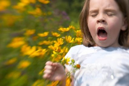 GirlSneeze_flowers
