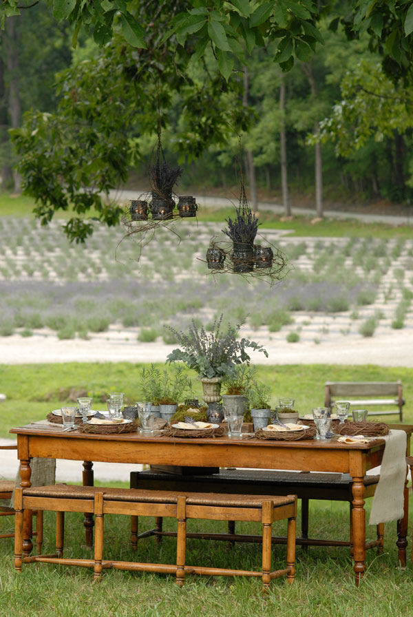 lavender party table