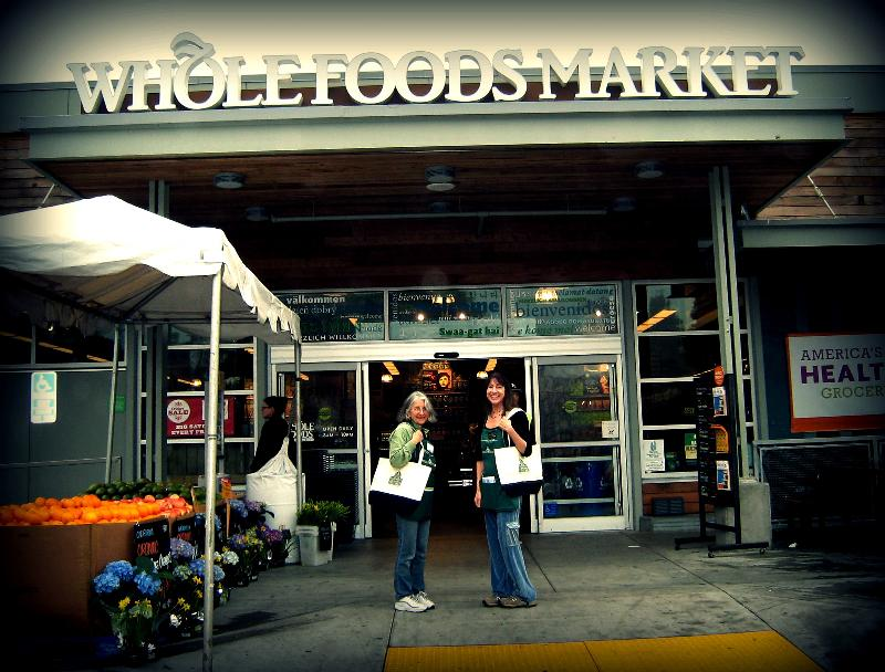 Volunteers bring their own bags at our Haight Street Whole Foods.
