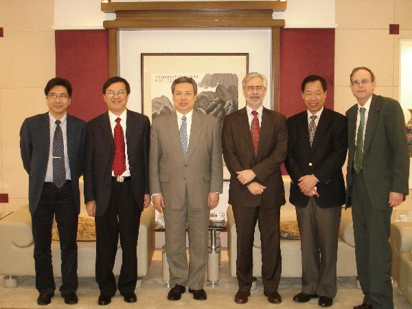 Dr. HuZhen, Dr. Jia Qu, Ambassador Keyu Peng, President Heath, Dr. Fangliw Ai and Dr. Heiberger