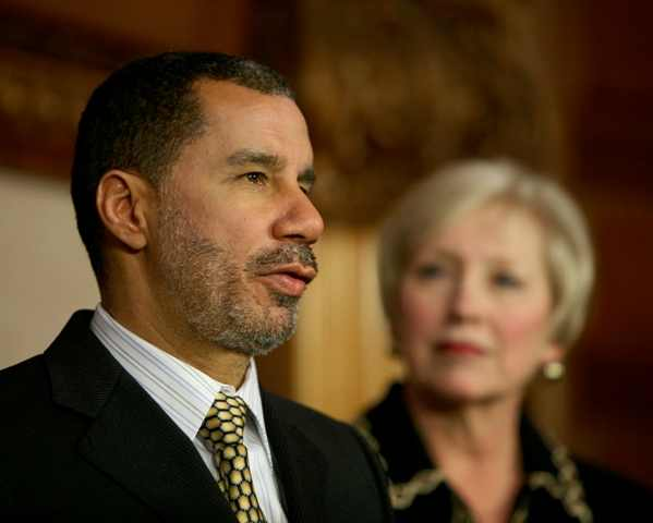 Governor Paterson introduces Dr. Zimpher as SUNY Chancellor