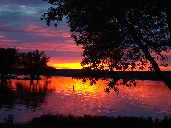 pEWAUKEE sunset