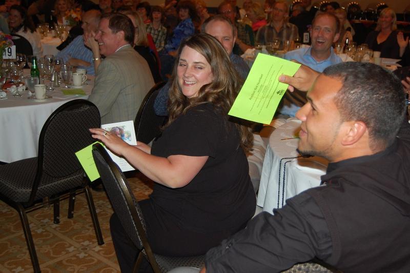 Bidding at 09 auction