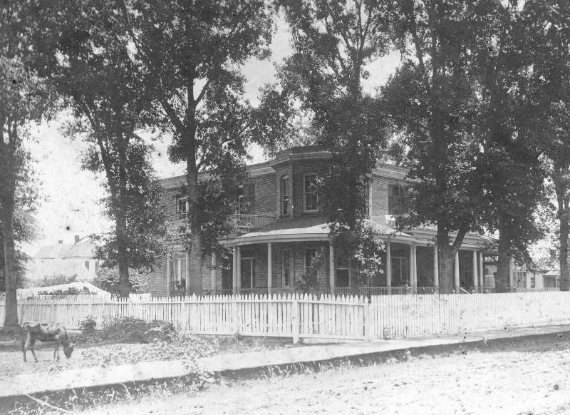 Caldwell 1908