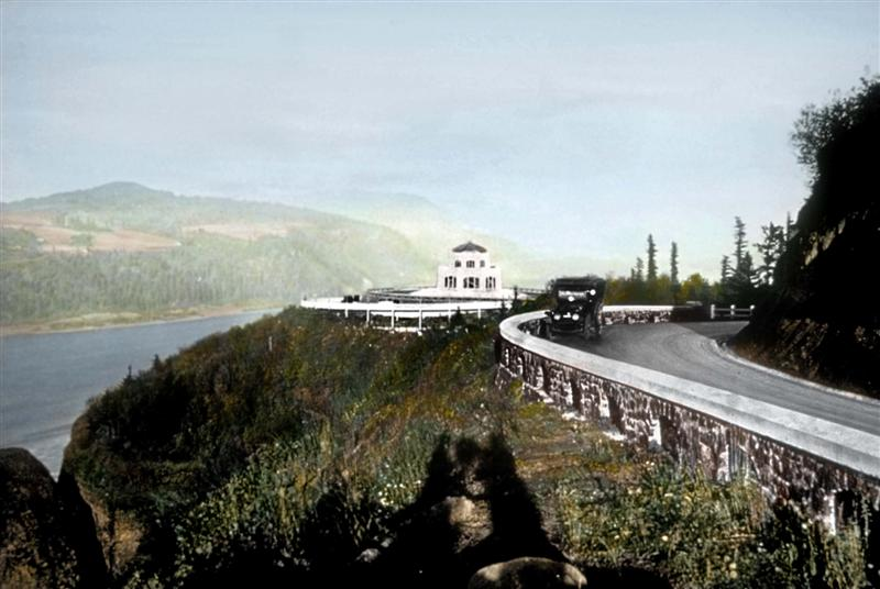Historic View of Vista House