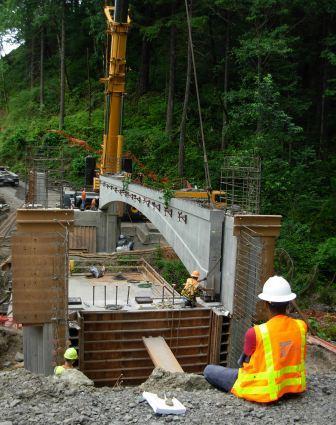 Moffett Bridge construction