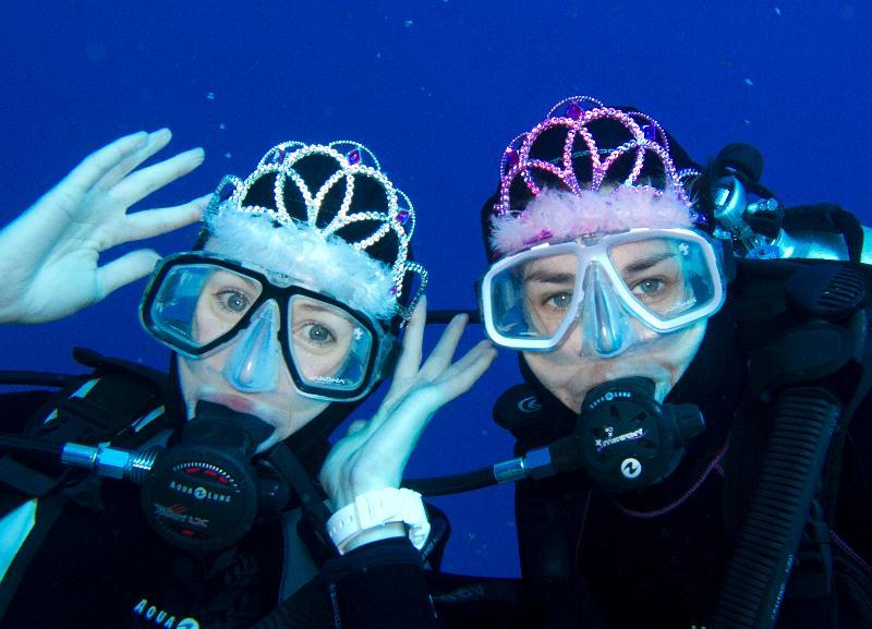 Diving Princesses