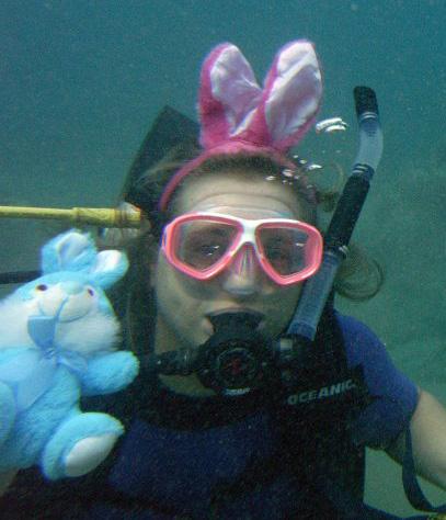 Underwater Egg Hunter