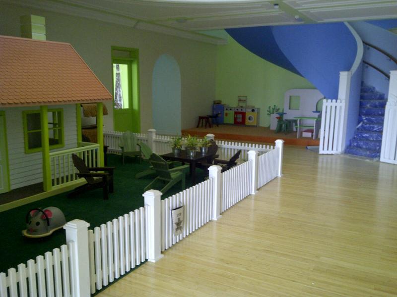 homegrown foyer