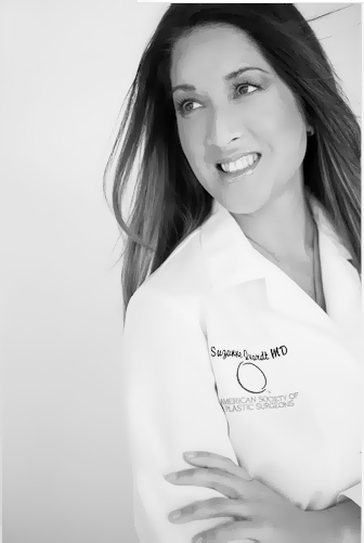 184 Dr. Q Plastic Surgery Celebrates Mothers For More Than Just One Day  Palm Springs