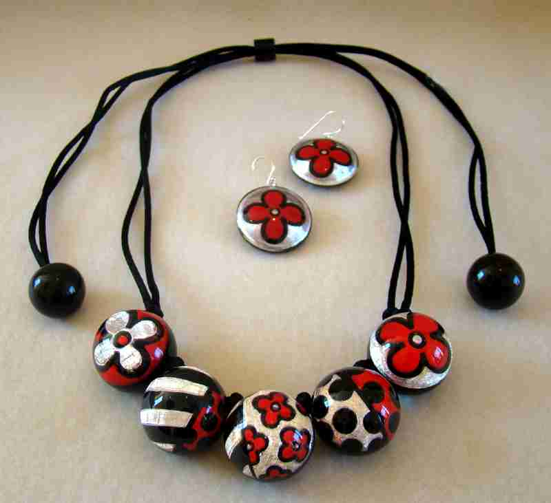 zsiska! black red white jewelry