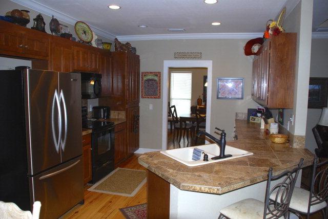 205 Lake Ridge Drive Kitchen