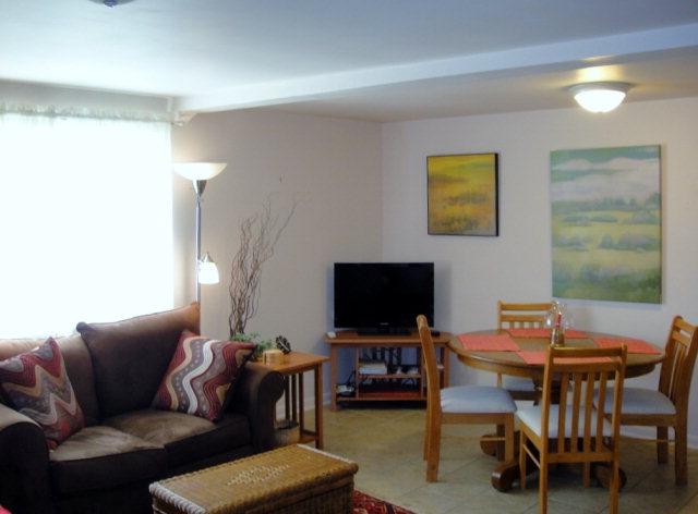 575 Morphy Ave Fairhope Al Living Room