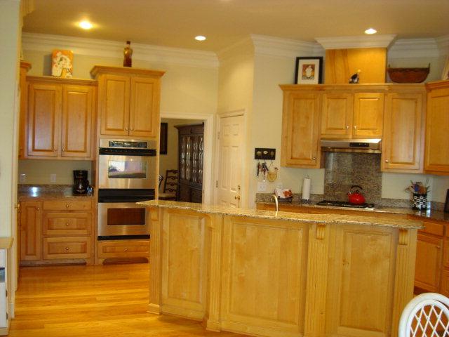 30450 Laurel Court Kitchen Area