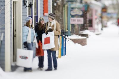winter-shopping-friends.jpg