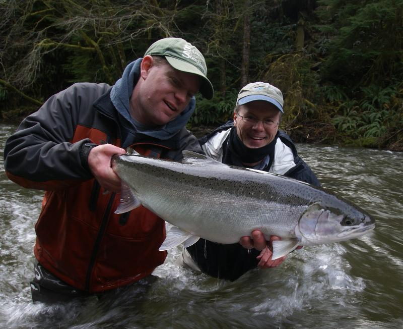 Fly tyer 39 s table and fishing report for Trask river fishing report