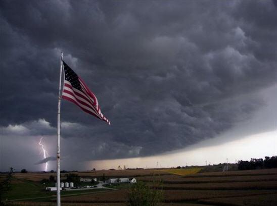 Amer Flag Storm