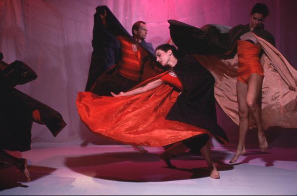 Douglas Dunn & Dancers, Sky