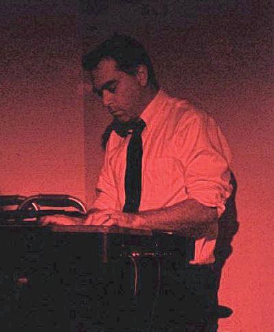 Erik W at Piano