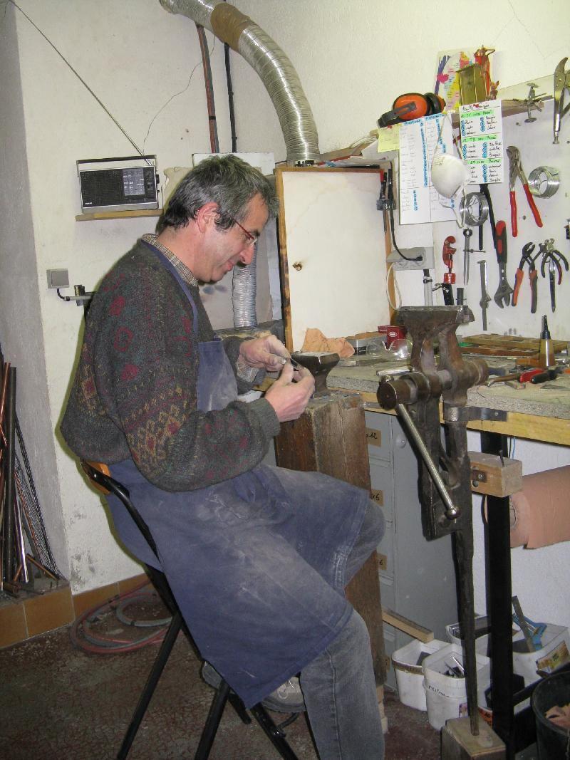 Laguiole knife maker
