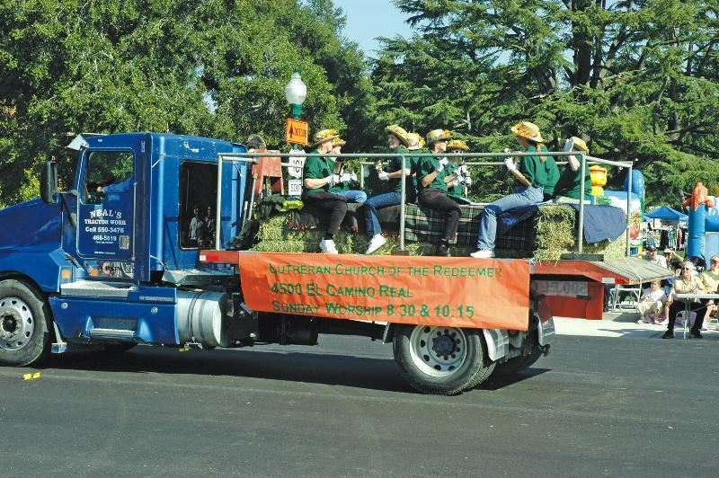 Redeemers Parade float