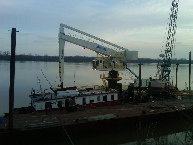 Mulzer Crushed Stone E-Crane Erection