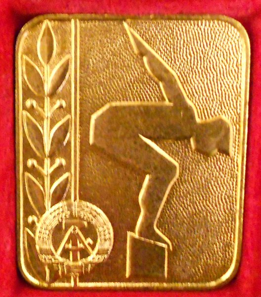 medal front