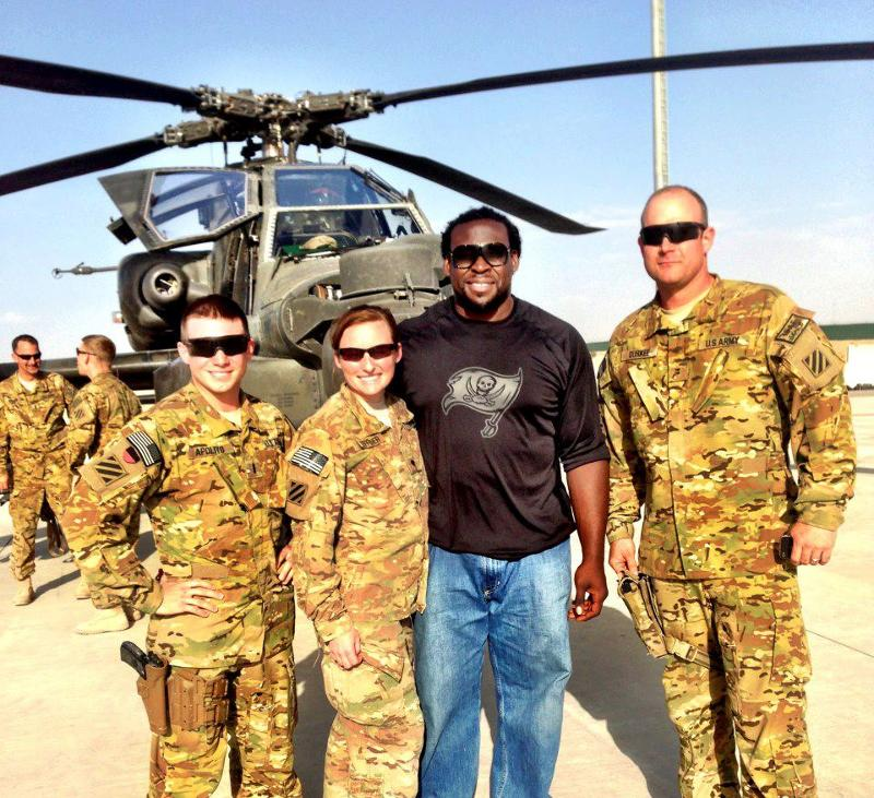 Davin USO Tour - Fan Photo