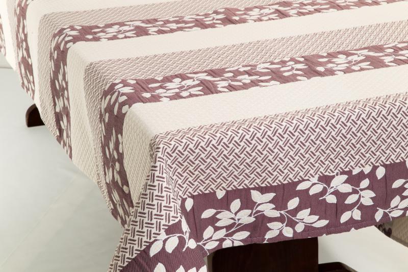 Top: Aubrac Jacquard Tablecloth, Quilted Cotton Boutis Placemat