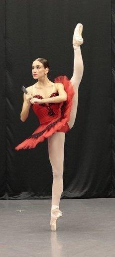 Abigail Simon Dances