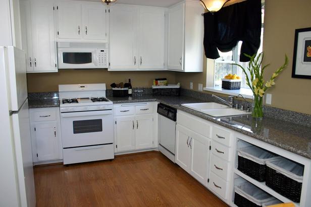 Staging - Kitchen