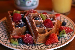 Waffles & Fruit