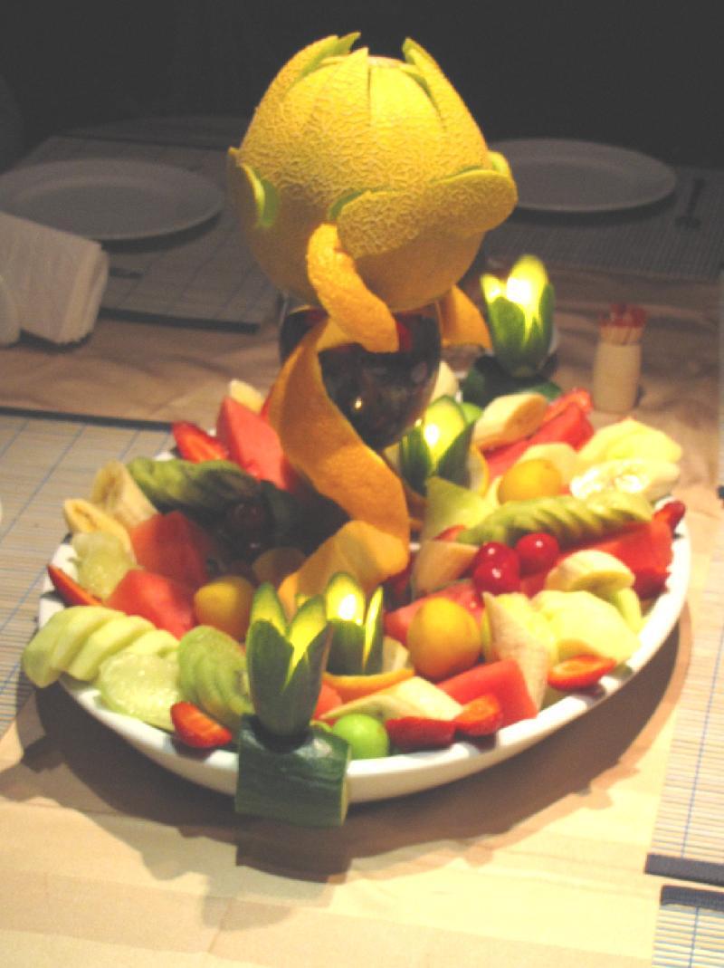 KIRKE fruit plate