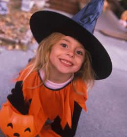 witch-costume-girl.jpg
