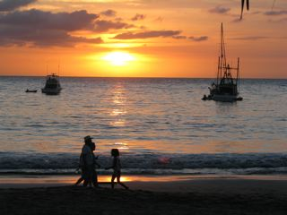 Chacala, Mexico, Sunset5, people on beach