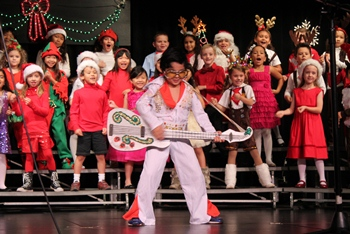 1st and 2nd Grade Holiday Performance