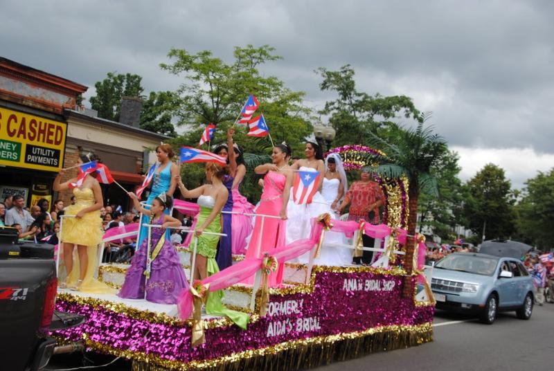 PR Parade Float Columbus 2012