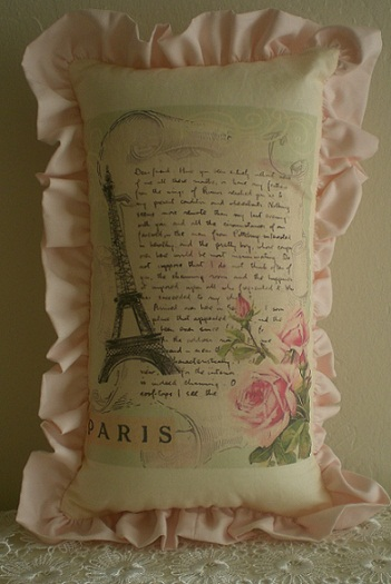 Paris Pillow 4