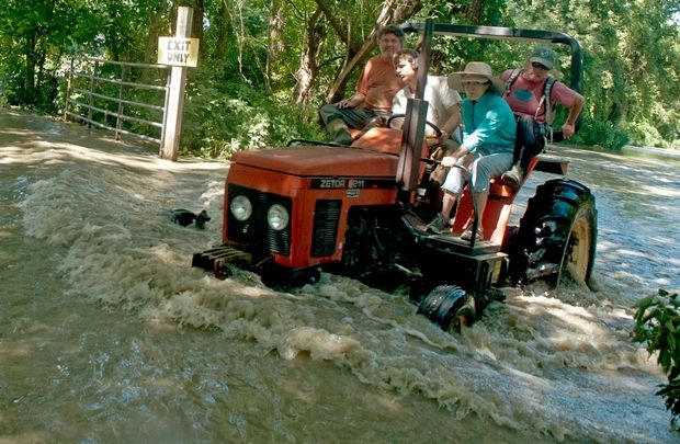 flood tractor