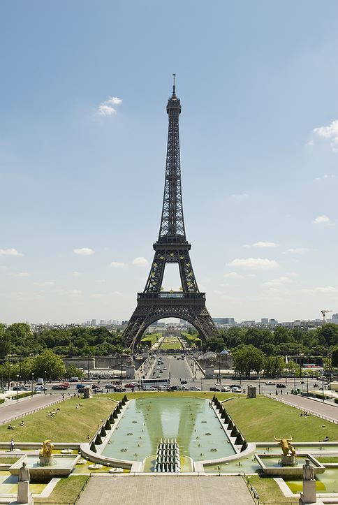 eiffel_tower_spring.jpg