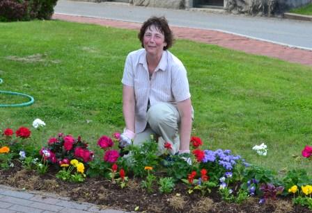 Shara gardening