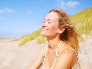sunny-beach-girl.jpg