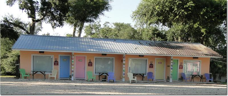4 shack units