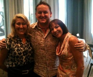 Julie,Scott,Tricia